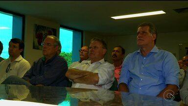 Minsitro da Agricultura esteve em Petrolina - Blairo Maggi visitou fazendas do Vale e se reuniu com produtores rurais para conhecer as demandas do setor na irrigação