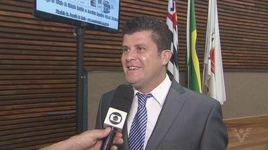 Confira a homenagem ao narrador Odinei Ribeiro - Ele recebeu essa homenagem na Câmara Municipal de Santos.