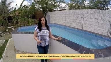 Tijolo, cimento, acabamento e parte elétrica: Anne fez piscina sozinha em um mês - Piscina tem formato de piano