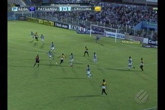 Veja os melhores momentos de Paysandu e Criciúma - Em clima de jogo-treino, Paysandu sai na frente, leva a virada, e termina a Série B com derrota. Jogou marcou a despedida do técnico Dado Cavalcanti.