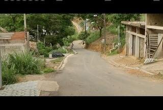 Calendário: Concluída a pavimentação da rua Um do Bairro Alegre, em Timóteo - Equipe da Inter TV acompanha a situação desde 2014.