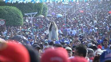 Círio da Conceição leva mais de 200 mil em procissão pelas ruas de Santarém - Fiés percorreram aproximadamente 7 km por ruas e avenidas da cidade.