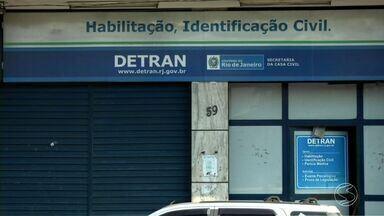 Motoristas do Sul do Rio têm dificuldades para marcar perícia no Detran - Demora afeta moradores de Volta Redonda e Resende.