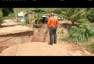 Equipe de reportagem acompanha trabalhos da Defesa Civil em cidades atingidas pela chuva - Nos distritos de Xonim de Baixo e Chonim de Cima, há 148 famílias desalojadas.