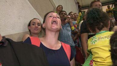 Torcida do Rondon dá um show durante partida contra o time paulista - Mas, mesmo sem apoio, os visitantes levaram a melhor.