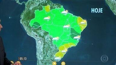 Confira como fica o tempo nesta terça-feira (6) em todo o país - Chance de temporais mais concentrada ali no centro-norte de MG, no norte do ES e no centro-sul da Bahia.