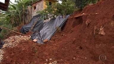 Período de chuva levanta alerta de risco de deslizamentos para muitos imóveis de Sabará - No início do ano foi decretada situação de emergência no município. E agora, a chuva preocupa de novo.