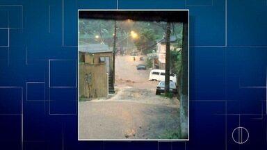 Defesa Civil entra em estado de atenção depois das chuvas em Petrópolis, no RJ - Forte chuva aconteceu na noite desta quinta-feira (8).