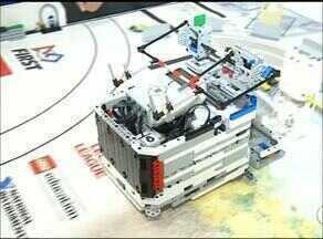 Jovens criam robôs para melhorar trabalho de homens e animais no campo - Jovens criam robôs para melhorar trabalho de homens e animais no campo