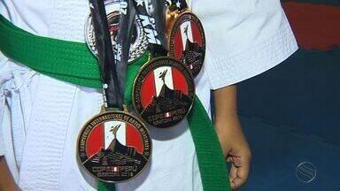 Davi x Golias: Sergipano supera favorito em Internacional de Artes Marciais no Peru - Davi x Golias: Sergipano supera favorito em Internacional de Artes Marciais no Peru