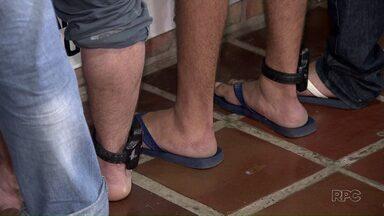 Depen quer aumentar o número de presos com tornozeleira eletrônica no Paraná - Atualmente são 4 mil condenados nesta situação - 900 deles só na região de Londrina. Departamento Penitenciário quer dobrar esse número.