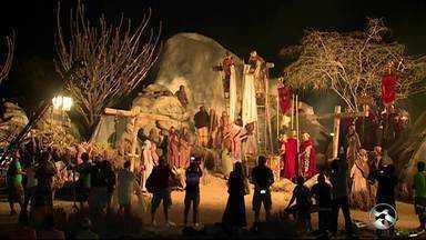 Atores fazem ensaio para a Paixão de Cristo em Nova Jerusalém - Elenco realizou ensaio em Fazenda Nova.