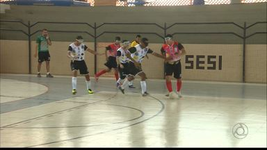 Treze leva a melhor sobre o Campinense no futebol de cinco - Galo vence por 3 a 1 em desafio de futebol de cegos em Campina Grande
