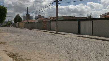 Jovem de 18 anos é assassinado a tiros na zona sul de Campina Grande - Crime aconteceu no bairro da Liberdade.