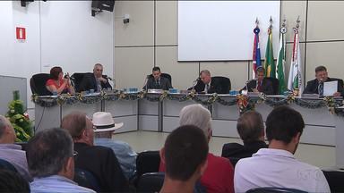 Presidente da Câmara de Vereadores de Medianeira é afastado do cargo - Pedro Inácio Sefrin , do Partido da República, é acusado de enriquecimento ilícito e de conceder diárias a ele mesmo.