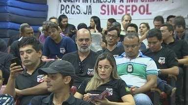 Policiais Civis passam a noite na Assembleia Legislativa - Em protesto, classe pede votação do plano de cargos, carreira e salário que não foi enviado pelo Governo do Estado.