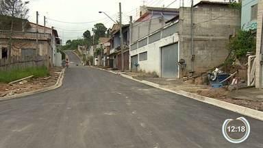 Caléndário no bairro 1º de Maio em Jacareí - Moradores reclamam de falta de pavimentação da rua