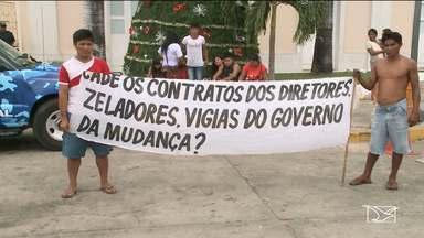 Índios de várias tribos protestam em frente ao Palácio dos Leões em São Luís - Motivo do protesto é o descumprimento de um Termo de Ajustamento de Conduta (TAC) assinado pelo Governo do Estado.