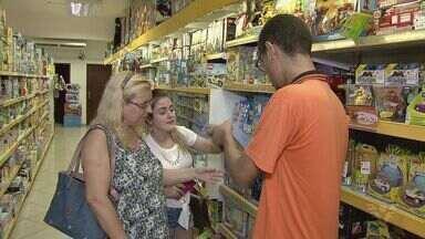 Comércio fica agitado em São Vicente dois dias antes do Natal - Muita gente aproveitou para fazer compras de última hora.
