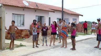 Moradores de condomínio de Resende, RJ, se queixam de falta d'água - Problema tem atingido moradores do condomínio Gardênia, no bairro Fazenda da Barra 3.