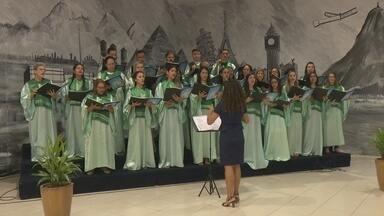 Coral da Igreja Wesleyana realiza cantata de Natal no shopping de Porto Velho - Músicas que celebram o nascimento de Jesus foram cantadas.