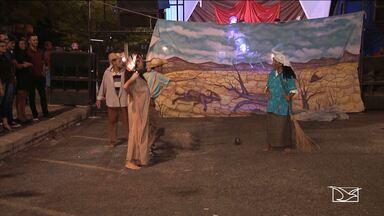 Santa Inês recebe cantata natalina na principal praça da cidade - Santa Inês recebe cantata natalina na principal praça da cidade