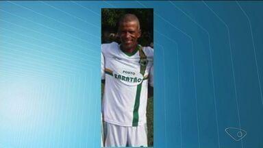 Corpo de capoeirista é encontrado em caixão improvisado no município de Pinheiros, ES - O corpo estava em avançado estado de composição.