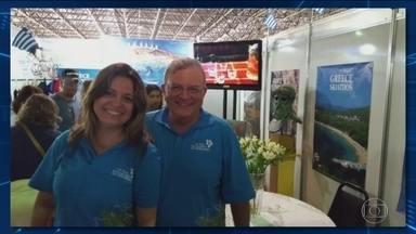 Viúva do embaixador grego morto no Rio é transferida para uma prisão - Françoise de Souza Oliveira e o policial militar Sérgio Gomes Moreira Filho, que era amante da embaixatriz, são os principais suspeitos do crime.