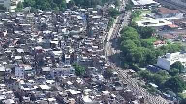 Circulação de trens do ramal de Belford Roxo suspensa por causa de tiroteio - PM fez operação contra o tráfico de drogas no Jacarezinho e em Manguinhos. por causa do intenso tiroteio, a circulação de trens foi suspensa duas vezes de manhã