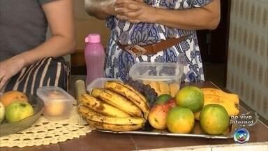 Veja os cuidados necessários para guardar frutas nessa época de muito calor - Além de ser saudável, comer fruta cai muito bem quando está calor. Mas o problema é que com as frutas ficam muchas. Então, confira os cuidados necessários para guardá-las nessa época de muito calor.