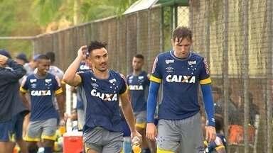 Entenda a transação entre Robinho, Willian e Fabiano, que vai aliviar o caixa do Cruzeiro - Entenda a transação entre Robinho, Willian e Fabiano, que vai aliviar o caixa do Cruzeiro