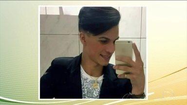 Polícia investiga se houve premeditação na morte de um garoto pela própria mãe - Tatiana Lozano Pereira, de 32 anos, confessou o crime e disse que agiu em legítima defesa. O tio paterno do menino, de 17 anos, disse que a mãe e o adolescente não se entendiam porque ele era gay.