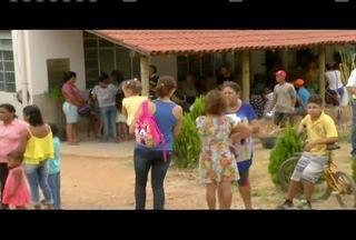 Lajinha, distrito de Teófilo Otoni, tem filas para vacinação contra a febre amarela - Foram distribuídas cerca de 300 senhas para imunização.