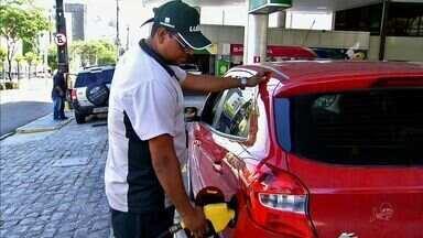 Ceará tem o preço de gasolina mais caro do Nordeste - Em Fortaleza, maioria dos postos vende litro da gasolina a R$ 3,99.
