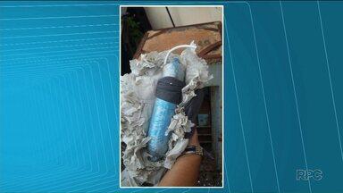 Dinamite é encontrada em cela da delegacia de Ibiporã - A dinamite foi encontrada durante uma revista da polícia.