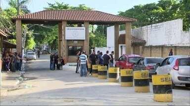 Princípio de tumulto entre presos no Complexo de Bangu - Secretaria de Administração Penitenciária disse que confusão foi motivada por uma discussão e que não houve rebelião.Agentes penitenciários estão em greve há 2 dias.