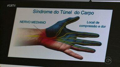 Quadro Saúde do GRTV fala sobre a Síndrome do Túnel do Carpo ( parte1 ) - O problema compromete os movimentos das mãos e é comum entre mulheres que tem entre 35 e 60 anos de idade.
