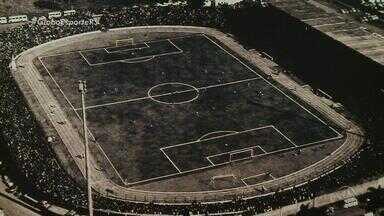 Ypiranga e Santos se enfrentam em amistoso de preparação para o Gauchão - Em 1970, Santos participou da inauguração do Colosso da Lagoa.