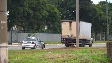 Polícia apresenta integrantes de quadrilha de roubo de cargas - Esse tipo de crime aumentou muito nas rodovias que cortam o DF.