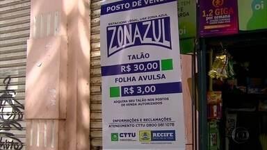 Motoristas se queixam do novo preço da Zona Azul no Recife - Flanelinhas também estão cobrando mais caro pelos bilhetes.