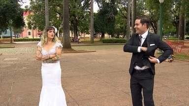 Peças que mostram vida entre marido e mulher divertem público em Belo Horizonte - O amor, as brigas, os filhos, a sogra são assuntos comuns na Campanha de Popularização do Teatro e da Dança da capital.