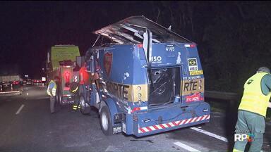 Polícia prende 2 suspeitos de terem participado de assalto a um carro-forte na BR 277 - O crime foi em Morretes no dia 09 de janeiro. Os dois suspeitos foram presos em Paranaguá.