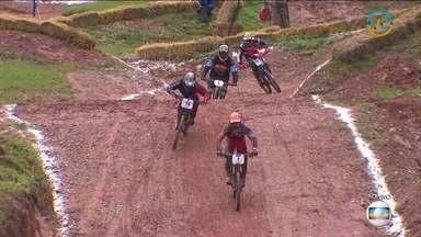 Confira as baterias das semifinais da Copa América de Downhill, categoria masculino - Provas definiram os finalistas do torneio.
