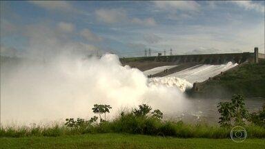 Grande quantidade de chuva garante contas de luz mais baixas no Brasil - A chuva forte em algumas regiões do país mexe com o nível dos reservatórios de água e segura o valor das contas de energia. É um alívio para o consumidor.