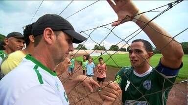 No Tocantins, torcedores se mobilizam e financiam volta de ídolo ao time de coração - No Tocantins, torcedores se mobilizam e financiam volta de ídolo ao time de coração