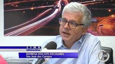 Kit escolar é entregue faltando itens em São José - Quatro materiais faltara no kit escolar da rede municipal.