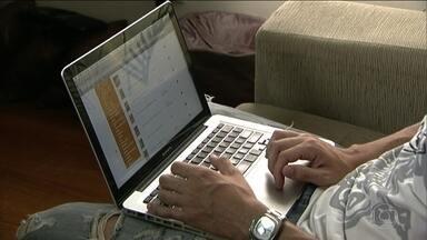 Campanha de ONG em SP dá orientações para o uso saudável da internet - A ONG Safernet, em parceria com várias redes sociais, está fazendo campanhas para orientar o uso saudável da internet. O youtuber Luba, que tem quatro milhões de seguidores, já foi vítima de discriminação e dá dicas para se proteger ao navegar na web.