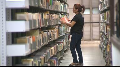 Biblioteca da UFPB é aberta mesmo a quem não é aluno da instituição - São milhares de livros, artigos, obras raras, conteúdo digital e até livros em braile.