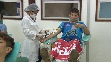 Atletas se unem para doação de sangue em Manaus - Grupo tem mais ou menos 230 pessoas que praticam várias modalidades.