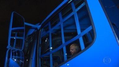 Minas é o terceiro estado com maior número de roubo de cargas - Na Grande BH, empresas investem em sensores, câmeras e motoristas têm sinais secretos para avisar sobre a presença dos bandidos nas estradas.